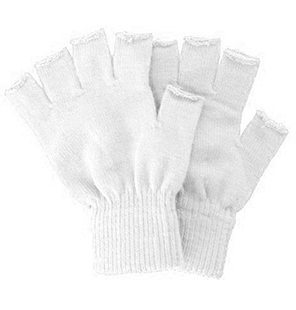 Knitted fingerless gloves white